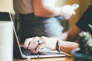 לאינטרנט השפעה הרסנית על האדם - עצת נפש